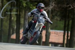 Fotos-Supermoto-IDM-Training-Bilstaim-Bike-X-Press-17-04-2011-111