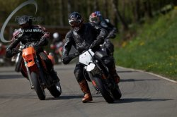 Fotos-Supermoto-IDM-Training-Bilstaim-Bike-X-Press-17-04-2011-121