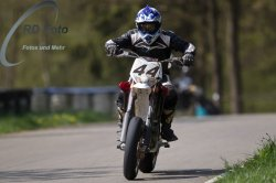 Fotos-Supermoto-IDM-Training-Bilstaim-Bike-X-Press-17-04-2011-124