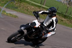 Fotos-Supermoto-IDM-Training-Bilstaim-Bike-X-Press-17-04-2011-143