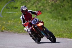 Fotos-Supermoto-IDM-Training-Bilstaim-Bike-X-Press-17-04-2011-218