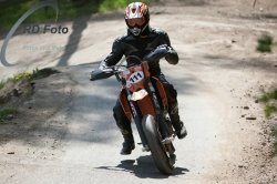 Fotos-Supermoto-IDM-Training-Bilstaim-Bike-X-Press-17-04-2011-226