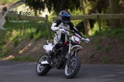 Fotos-Supermoto-IDM-Training-Bilstaim-Bike-X-Press-17-04-2011-244