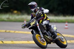 113-Supermoto-Training-Freiburg-Prominenten-Charity-2011-6047