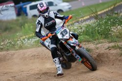 118-Supermoto-Training-Freiburg-Prominenten-Charity-2011-3532