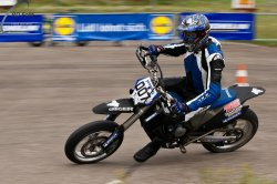 131-Supermoto-Training-Freiburg-Prominenten-Charity-2011-3573