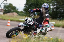 134-Supermoto-Training-Freiburg-Prominenten-Charity-2011-3585