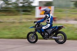138-Supermoto-Training-Freiburg-Prominenten-Charity-2011-3597