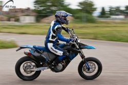 140-Supermoto-Training-Freiburg-Prominenten-Charity-2011-3600