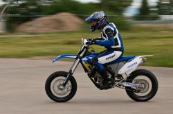 141-Supermoto-Training-Freiburg-Prominenten-Charity-2011-3602