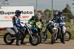 161-Supermoto-Training-Freiburg-Prominenten-Charity-2011-3611