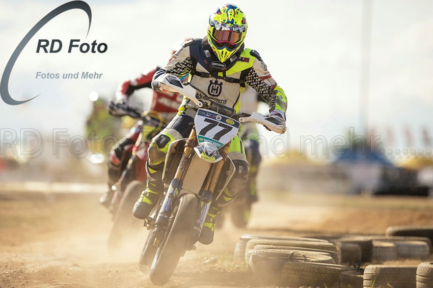 Andy Buschberger eingangs Off Road  zur Supermoto IDM DM 2018 in Cheb